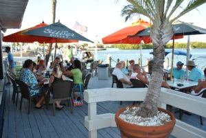 Fort Myers Boat Tours at Nauti Parrot Dock Bar